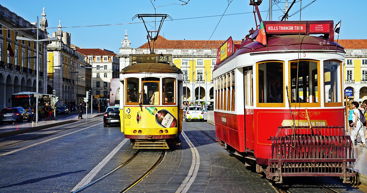 tram-2650096_1280